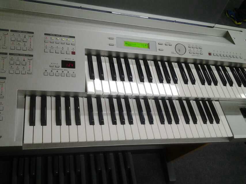 福建大剧院音乐厅电子管风琴(双排键)音乐会大获成功图片